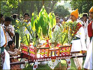 Homage to rabindranath tagore by tagore 150th birth for Shantiniketan tagore